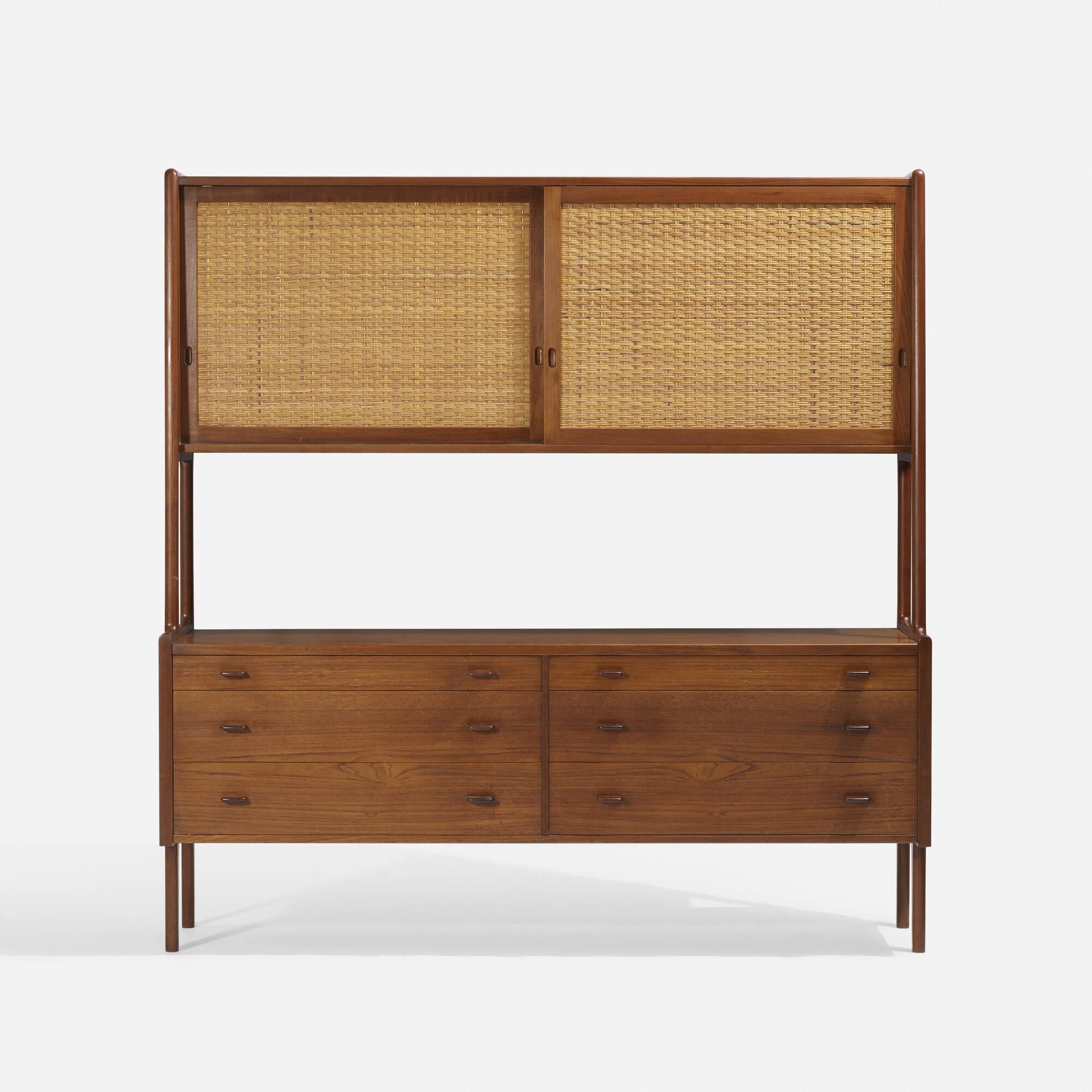 788: Hans J. Wegner / cabinet, model RY20 (1 of 3)