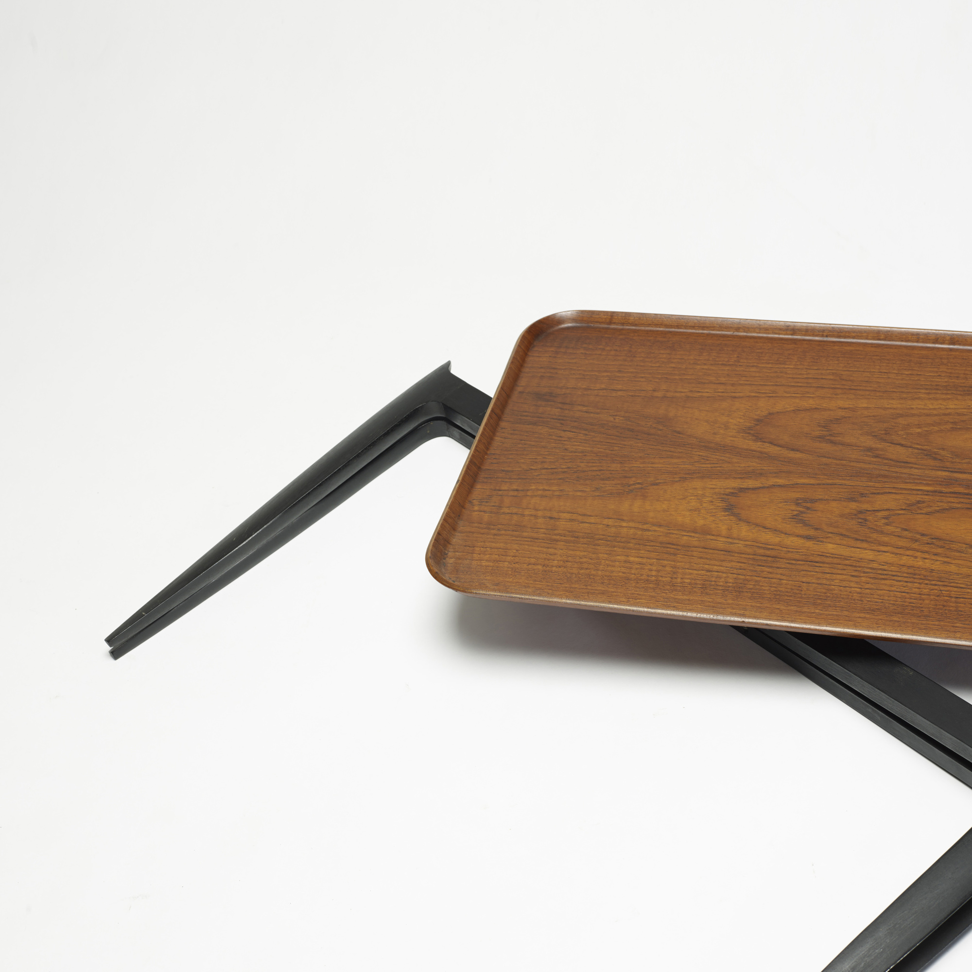 796: Sven Aage Willumsen and H. Engholm / tray table (2 of 3)