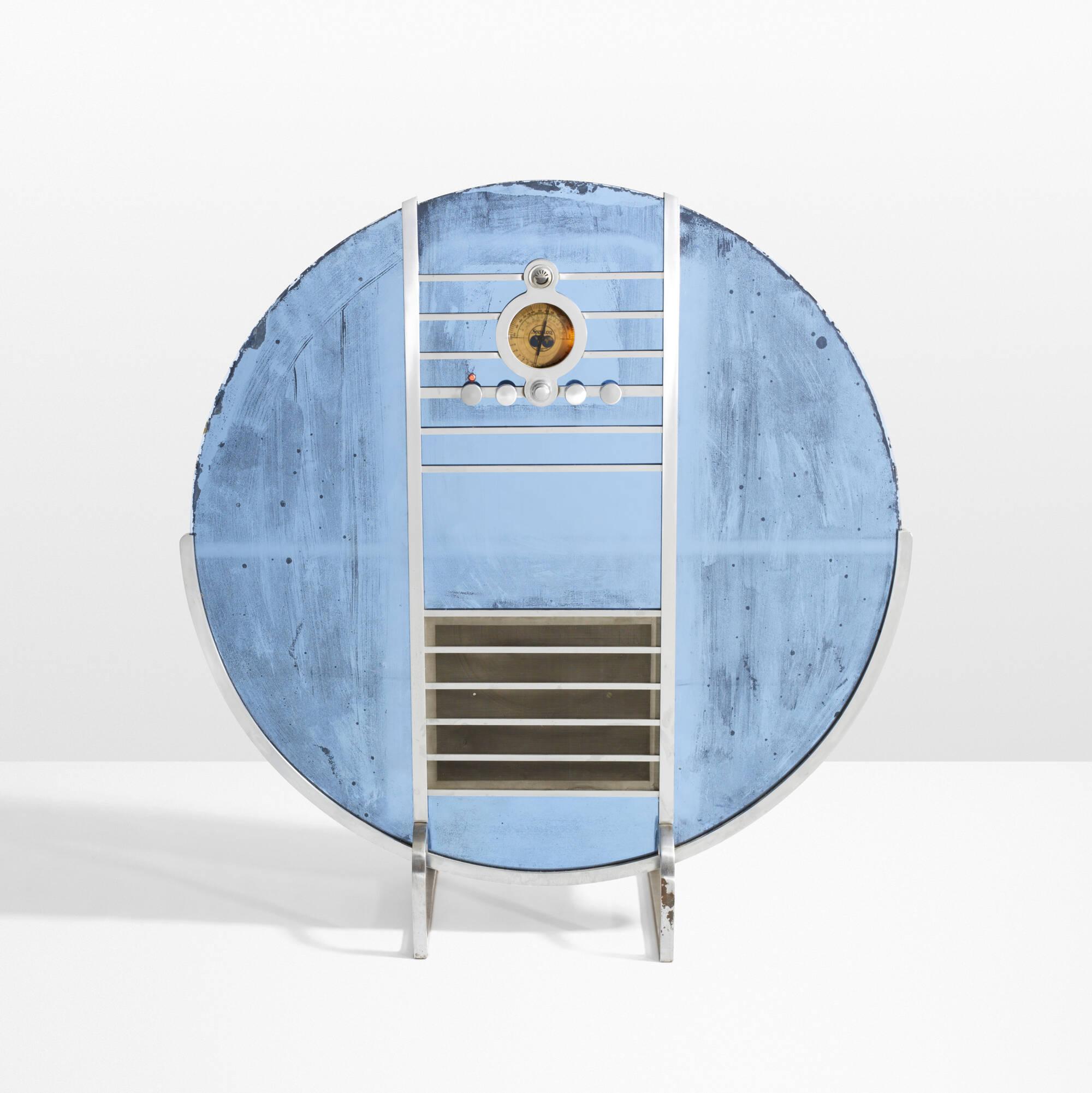 7: Walter Dorwin Teague / Nocturne radio, model 1186 (1 of 3)