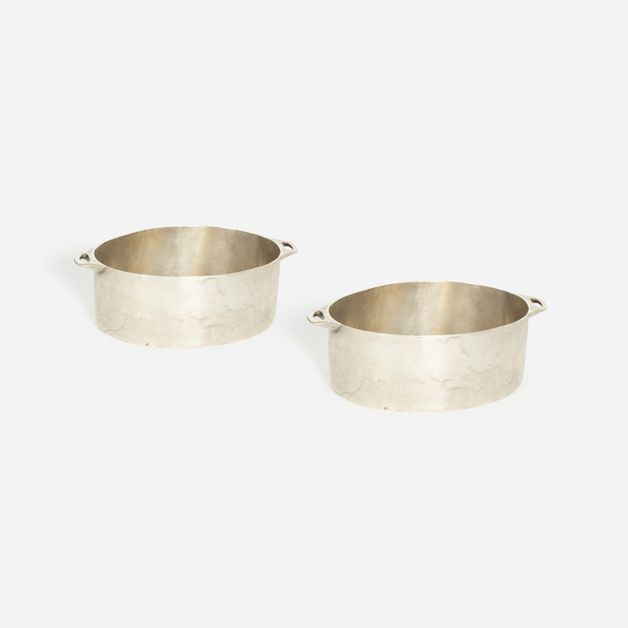 850: Garth and Ada Louise Huxtable / pots from the kitchen of The Four Seasons, pair (1 of 1)