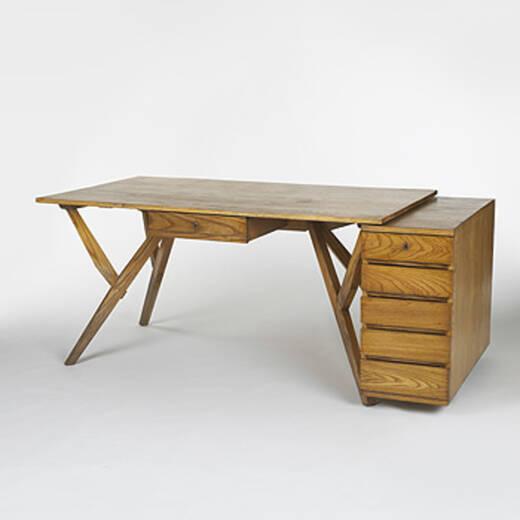 526 Carlo Mollino Desk From Reale Mutua Icurazioni Important Italian Design 23 May 2006 Auctions Wright Of Art And