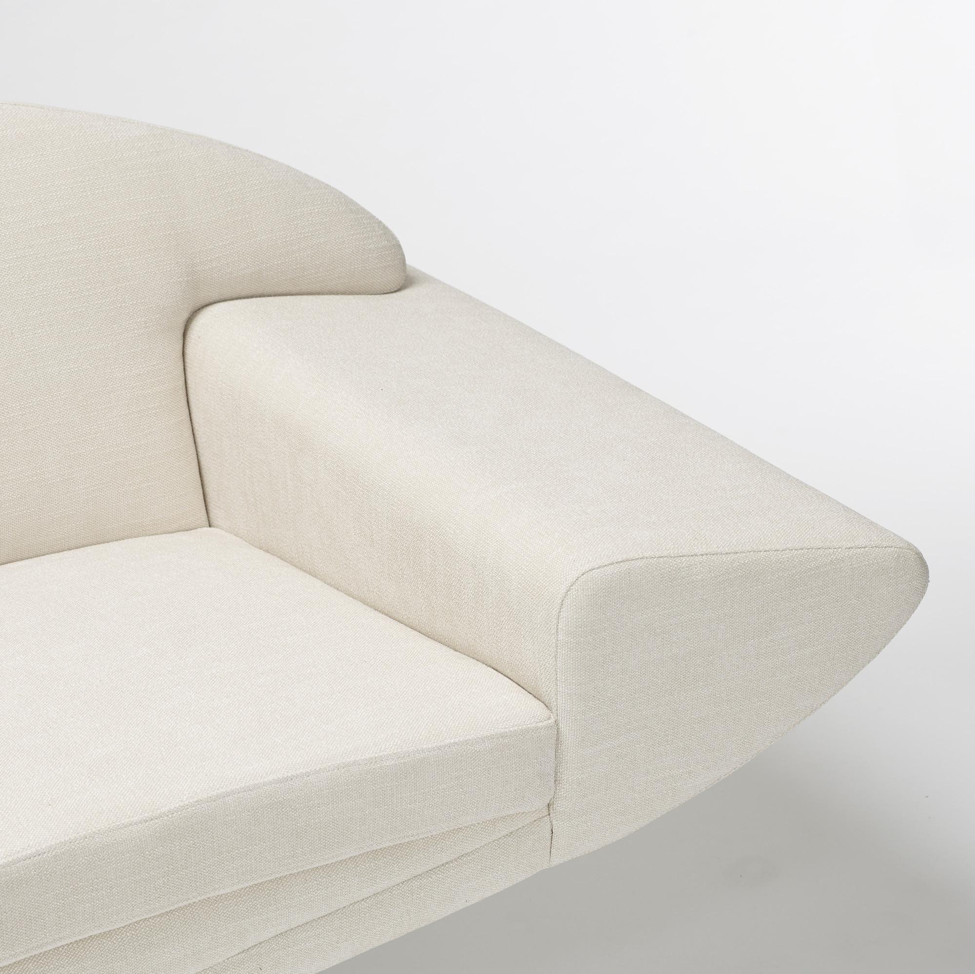 ... 123: Johannes Andersen / Capri sofa (2 of 4)
