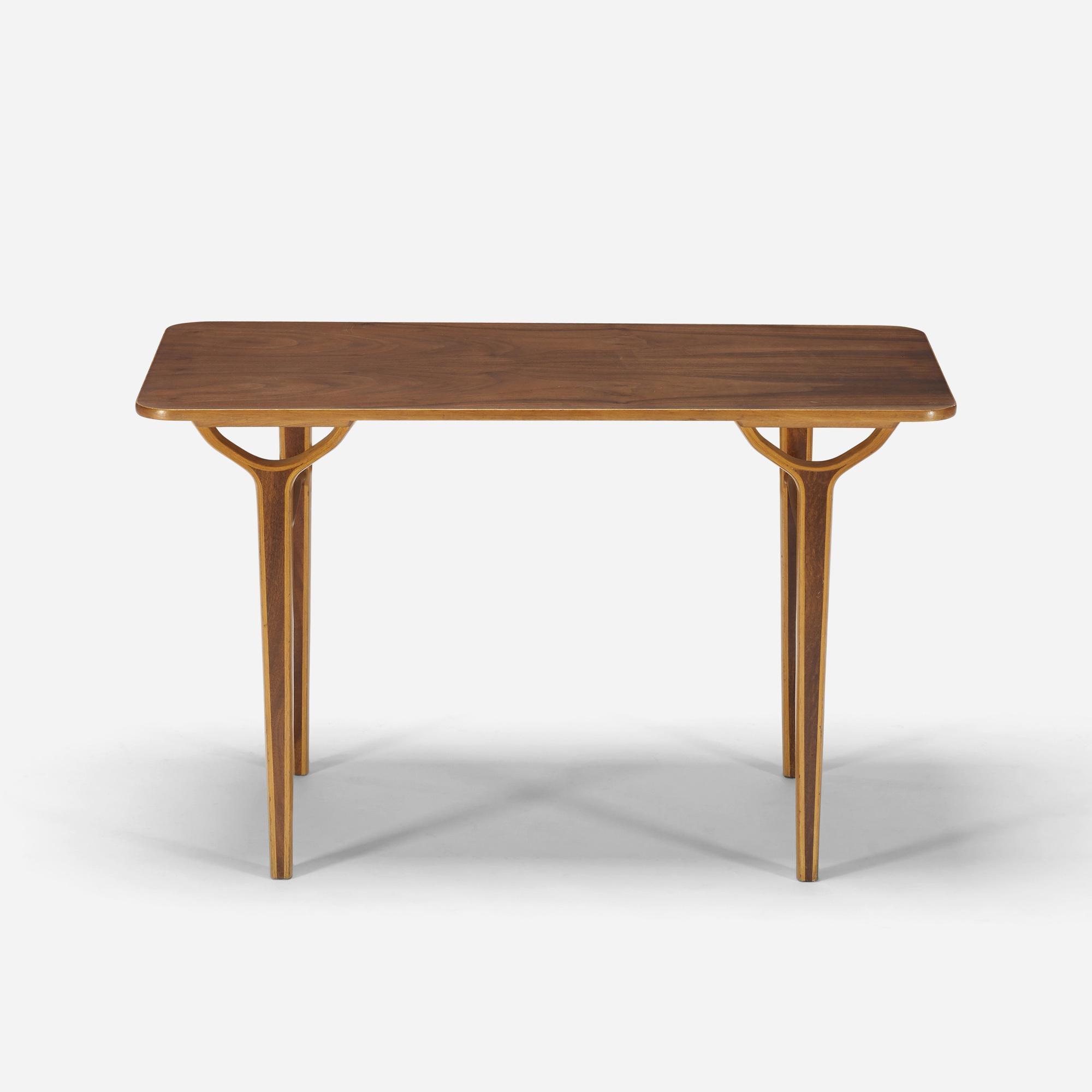 191 Peter Hvidt and Orla M¸lgaard Nielsen Ax coffee table